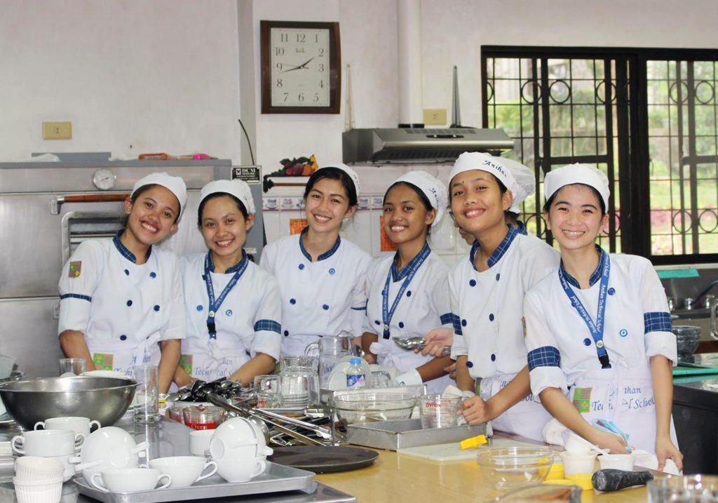 FPTI helps young women participate in vocational training in the culinary industry and leadership programmes